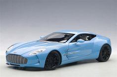 AUTOart: Aston Martin One-77 - Tiffancy Blue (70240) in 1:18 scale