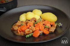 V kuchyni vždy otevřeno ...: Vepřové s mrkví na medu, zázvoru a tymiánu