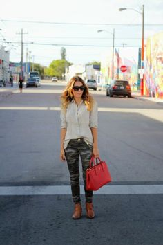 Celine sunnies / Prada bag / Express camo pants / J.Crew linen shirt / Booties (I like these as well)