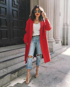"3,667 Likes, 38 Comments - Inspo Lola (@street_style_corner) on Instagram: ""Red, always a good choice!! ✔️✔️ @sazan"""