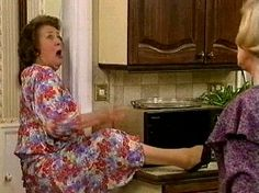 keeping up appearances memes English Comedy, British Comedy, British Actresses, British Actors, Funny Tv Series, Funny Sitcoms, Color Television, The Originals Show, Keeping Up Appearances