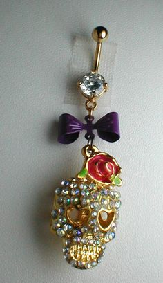 Unique Belly Ring - Trendy Large Skull. $14.95, via Etsy.