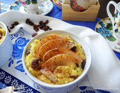 Millet porridge with pears and raisins