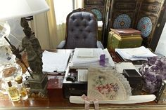 courtney love's new york desk