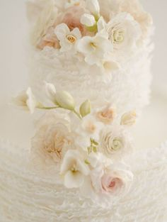 Maggie Austin Cake ~ So delicate ~ It's like those ruffles were breathed into existence by faeries ~ Stunning Sugar Flowers ~