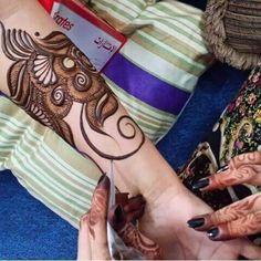 Khafif Mehndi Design, Mehndi Designs Book, Full Hand Mehndi Designs, Mehndi Designs 2018, Mehndi Design Pictures, Mehndi Designs For Girls, Wedding Mehndi Designs, Dulhan Mehndi Designs, Mehandi Designs