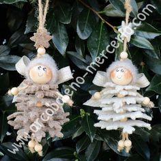 Catalogo prodotti Novità - Arcobaleno Merceria Cheap Christmas Ornaments, Christmas Fairy, Etsy Christmas, Christmas Wood, Felt Ornaments, Christmas Angels, Christmas Projects, Christmas Tree Decorations, Handmade Christmas