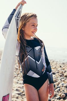 Surfing holidays is a surfing vlog with instructional surf videos, fails and big waves Roxy Surf, Sup Surf, Windsurfing, Wakeboarding, Girl Tribe, Kelly Slater, Surf Style, Surf Girls, Summer Girls