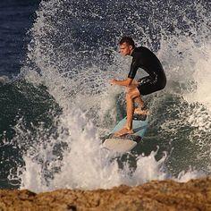 Behind the rock Up close Snapper Rocks #snapper #snapperrocks #beach #sunset #sole #mare #mar #playa #surf #surfer #surfing #surfer #surfista #onda #onde #ocean #wave #water #waves #summer #canon #primelens #queensland #acqua #agua #goldcoast #costa #blu #spray by emphoto007