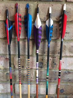 Archery Range, Archery Tips, Archery Arrows, Bow Arrows, Traditional Bowhunting, Traditional Archery, Archery Aesthetic, Survival Bow, Bow Accessories