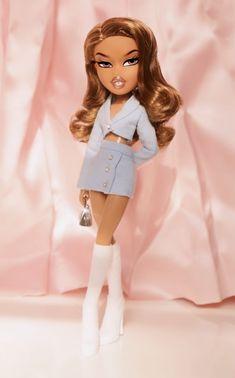 Bratz Doll Makeup, Bratz Doll Outfits, Black Bratz Doll, Bratz Yasmin, Photowall Ideas, Bratz Girls, Brat Doll, Fashion Dolls, Fashion Outfits