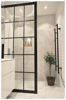 Duschwand Industriedesign Design industrial da parede do chuveiro – – Bad Inspiration, Bathroom Inspiration, Bathroom Decor Sets, Bathroom Ideas, Bathroom Wall, Bling Bathroom, Glass Bathroom, Shower Ideas, 1950s Bathroom