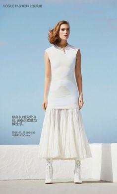 Vogue China May 2014 - Arizona Muse by Patrick Demarchelier