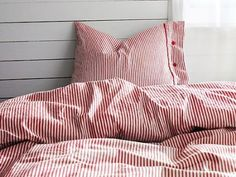 Amazon.com: IKEA Nyponros Queen Size Duvet cover and 2 pillowcases set, Red / White: Bedding & Bath