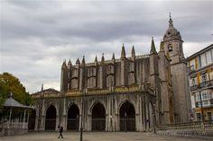 El lateral de la basílica de Santa María de la Asunción de Lekeitio