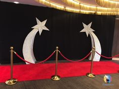 Giant Shooting Star Prop Hire  | Prop Hire | Awards Ceremony Decorations | Award Theme Party Ideas | Stunning 2M high Shooting Star Props with glitter effect. Perfect for #hollywoodparty #awardsnight. #prophire #partyideas #partyprops #eventprofs #eventmanagement #events #themedparty