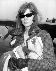Icons of Style: Françoise Hardy — F. Françoise Hardy, Funky Glasses, Celebrity Wallpapers, Sweaters And Jeans, Fashion Lookbook, Girls Wear, Celebrity Pictures, Chic Outfits, Style Icons