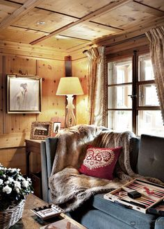 One of the coziest rooms ever! Love the trim on the curtains, the throw, paneling, gorgeous. via:passiondecor-de-marieclaude:  ⭐