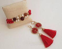 Red Tassel Bracelet and Earrings Set .Great for Christmas Parties. Aretes y Pulsera de Borlas Rojo