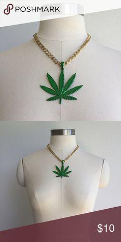 Hippie Pot Leaf Marijuana Necklace 3//Pack Mardi Gras St Patricks Day Party Beads