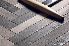 Tile - CHEVRONCHIC 7.7x65 by / FIORANESE  #tile #interior #sangahtile #woodtile #red #floor #herringbone #vintage #타일 #상아타일 #바닥타일 #우드타일 #빈티지 #의자