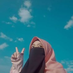 Islamic Girl Images, Chessa, Hijab Dpz, Hijab Cartoon, Girl Hijab, Niqab, Muslim Fashion, Girls Image, Photo And Video