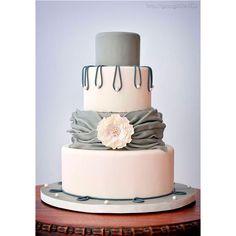 Pastel para boda en tono #Paloma #Cake #Wedding #YUCATANLOVE #DestinationWedding