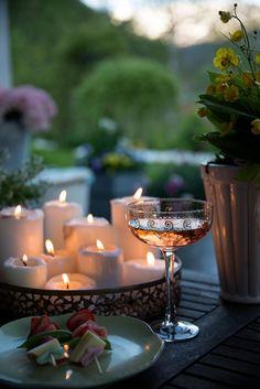 ana rosa ♡ ✦ ❤️ ●❥❥●* ❤️ ॐ ☀️☀️☀️ ✿⊱✦★ ♥ ♡༺✿ ☾♡ ♥ ♫ La-la-la Bonne vie ♪ ♥❀ ♢♦ ♡ ❊ ** Have a Nice Day! ** ❊ ღ‿ ❀♥ ~ Mon 24th Aug 2015 ~ ❤♡༻ ☆༺❀ .•` ✿⊱ ♡༻ ღ☀ᴀ ρᴇᴀcᴇғυʟ ρᴀʀᴀᴅısᴇ¸.•` ✿⊱╮