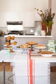 a pie party for fall! //