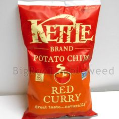 KETTLE BRAND Red Curry spicy sweet 8.5oz cooked potato chips crunchy snack food #KettleBrand #BigBoyTumbleweed