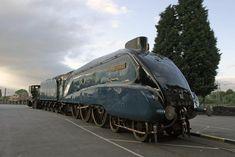 London & North Eastern Railway steam locomotive 'Mallard' Pacific class, No 4468 Mallard Train, British Rail, Science Museum, Steam Engine, Steam Locomotive, Royals, Trains, A4, Christian