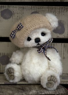 Three O'Clock Bears: Ickle Berry...my newest baby bear