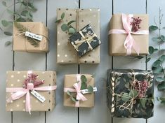 I am all up for introducing pink into the Christmas wrapping … It's soo pretty and proof that brown paper doesn't have to be boring. Image credit: Jenny at wallflower_cottage Paper Christmas Decorations, Christmas Paper, Christmas Crafts, Christmas Ideas, Brown Christmas Wrapping Paper, Brown Paper Wrapping, Real Christmas Tree, Christmas Colors, Cozy Christmas