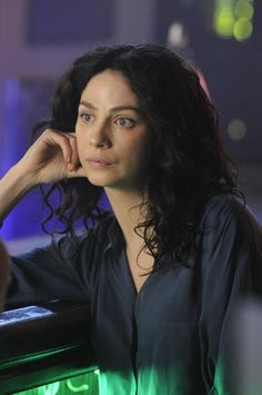 """Warehouse 13 """"There's Always a Downside"""" S4EP4"""