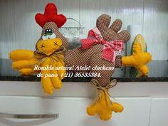 Ronilda: Enfeite de cozinha, galinha deitada, feita em tecido e feltro!