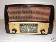 ANTIQUE 40s BAKELITE TRUETONE AM/FM TUBE RADIO - NICE | #45905934