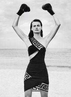 Editoriales de moda: Edita Vilkeviciute por Collier Schorr para Flair Magazine | en Inspireme.cl