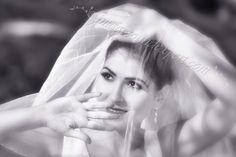 Hochzeit Foto-Shooting balchik - bulgaria Foto Shoot, Wedding Photoshoot, Bulgaria, Brides, Fictional Characters, Vintage, Fotografia, Wedding, Wedding Bride