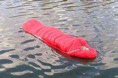 Marca desenvolve primeiro saco de dormir flutuante do mundo https://www.youtube.com/watch?time_continue=363&v=93jHPiGWAQw