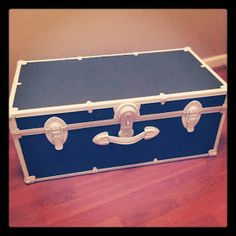 Trash Talk: How to: Redo An Old Footlocker Trunk