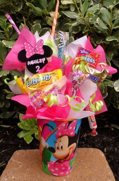 Minnie Mouse Kids Candy Party Favors this is a cute idea for Christmas or whenever just use different colors -crystal First Birthday Parties, Birthday Party Themes, First Birthdays, Birthday Ideas, Birthday Favors, Mickey Party, Mickey Mouse Birthday, Elmo Party, Elmo Birthday