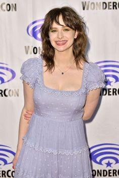 #ashleighcummings ASHLEIGH CUMMINGS at Wondercon 2019 in Las Vegas 03/30/2019 Ashleigh Cummings, Nos4a2, Chic Outfits, Fashion Outfits, Celebrity Gossip, Movies And Tv Shows, Actors & Actresses, Plus Size Fashion, Las Vegas