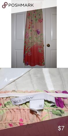 Flower Patterned Strapless Maxi Dress Very Comfy Flower Patterned on both side Maxi dress, size Medium, no stains or snags. In good condition! From a smoke free home😊 Old Navy Dresses Maxi