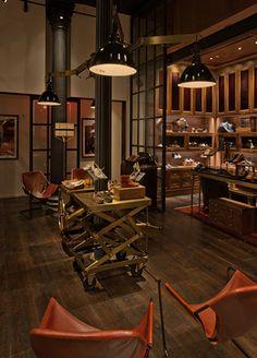 Beautiful piece of furniture for display Old Gringo, Shoe Display, Brick And Mortar, Industrial Interiors, Commercial Interiors, Elle Decor, Retail Design, Restaurant Interiors, Dim Sum