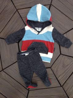 "Newborn ""Big Boy"" Going Home outfit• footie leggings and hoodie• hospital outfit• Take home outfit •Ready to Ship! by BeeBoppinBaby on Etsy https://www.etsy.com/listing/254159459/newborn-big-boy-going-home-outfit-footie"