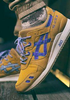 Asics Gel Lyte III Custom (by the_knckl_life) Sneakers Outfit Men, Best Sneakers, Casual Sneakers, Casual Shoes, Sneaker Dress Shoes, Sneaker Boots, Mens Fashion Shoes, Sneakers Fashion, Reebok