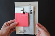 Fragments d'un voyage, a unique photo booklet about Berlin by French graphic design student Camille Palandjian. Camille Palandjian is a graphic design Template Brochure, Design Brochure, Booklet Design, Creative Brochure, Mise En Page Portfolio, Portfolio Book, Portfolio Design, Graphic Portfolio, Design Editorial