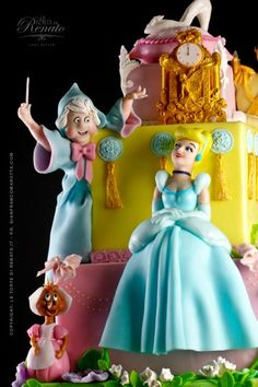 by Renato Ardovino  http://www.letortedirenato.it/cake-design-gallery/torte_da_favola_gallery.html