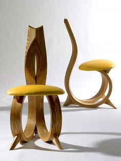 Figure of organic design wood chair by Joseph Walsh de la nature naturels Funky Furniture, Unique Furniture, Furniture Design, Plywood Furniture, Armoire Design, Muebles Art Deco, Chairs For Sale, Cool Chairs, Wood Design