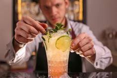 Your cocktail may look—and taste—different the next time you step foot in a bar after coronavirus restrictions are lifted. Moscow Mule, Pineapple Margarita, Healthy Cocktails, Lose 100 Pounds, Meal Delivery Service, Cheap Wine, Lime Wedge, Fresh Herbs, Cocktail Recipes